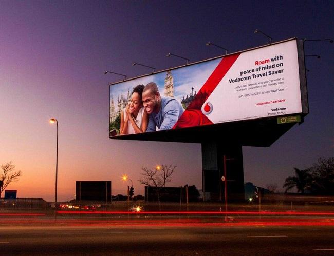 Quảng cáo ngoài trời: Không chỉ có bảng quảng cáo