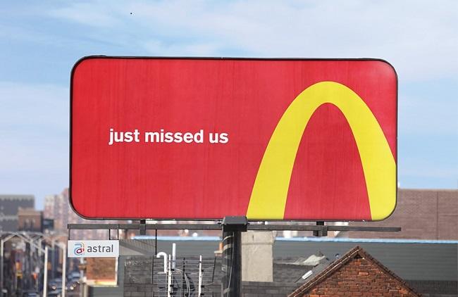 Bảng chỉ đường từ logo đầy sáng tạo của McDonald's